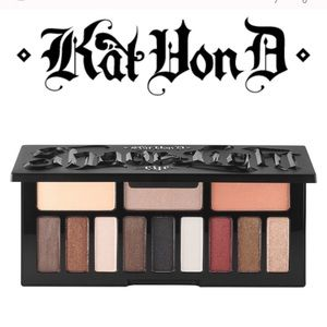 LIMITED ED KVD NIB SHADE AND LIGHT GLIMMER PALETTE